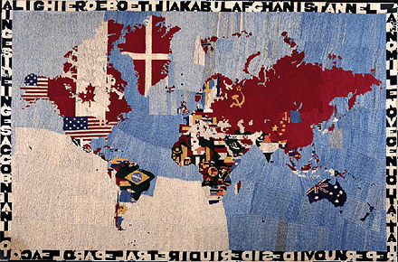 http://www.orbit.zkm.de/files/orbit/boetti_mapa2.gif